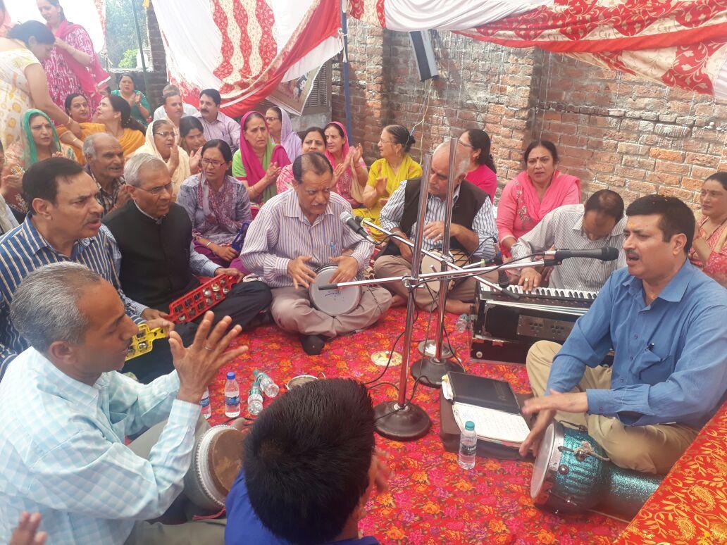 Shree Hari Kirtan Satsang Adiyatmik Jagrati Mission held two programmes in Jammu today