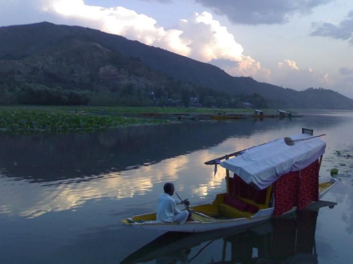 Mansbal Lake Of Jammu And Kashmir