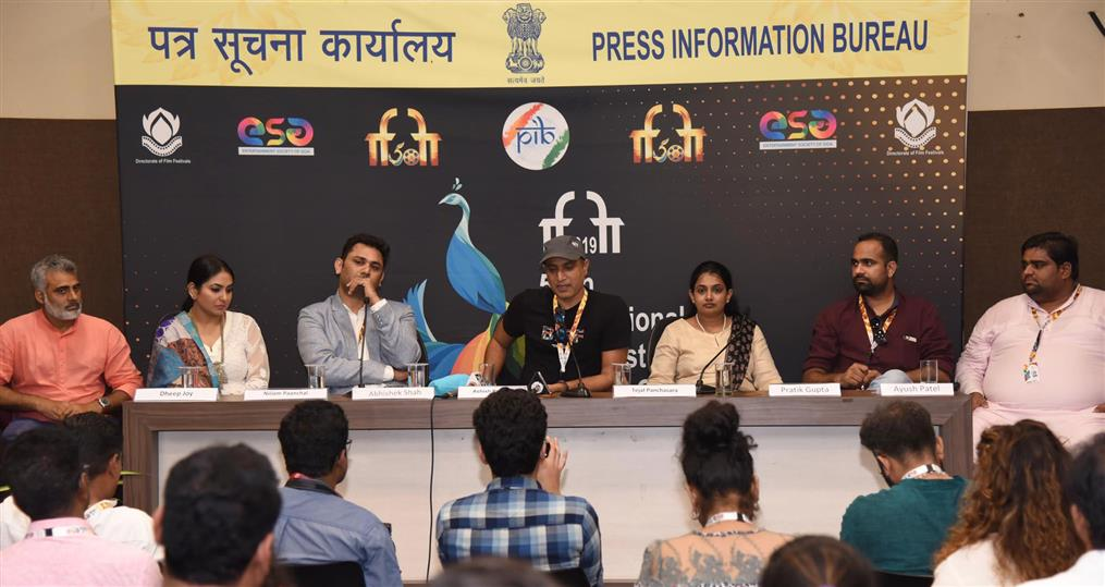 'Nooreh' shows the dream of a beautiful world sans conflicts: Ashish Pandey