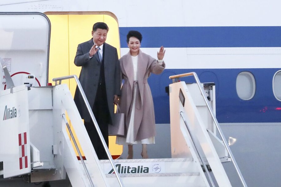 President arrives in Italy for state visit