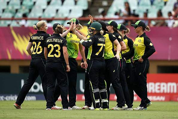 Australia women fined for slow overrate