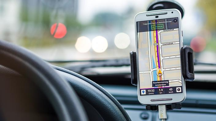 The hefty penalties Australian drivers face for using mobile phones this Easter