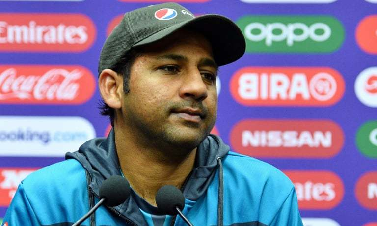 Sarfaraz axed as captain of Pakistan cricket test , T20 and ODI teams, Azhar and Babar are new captains