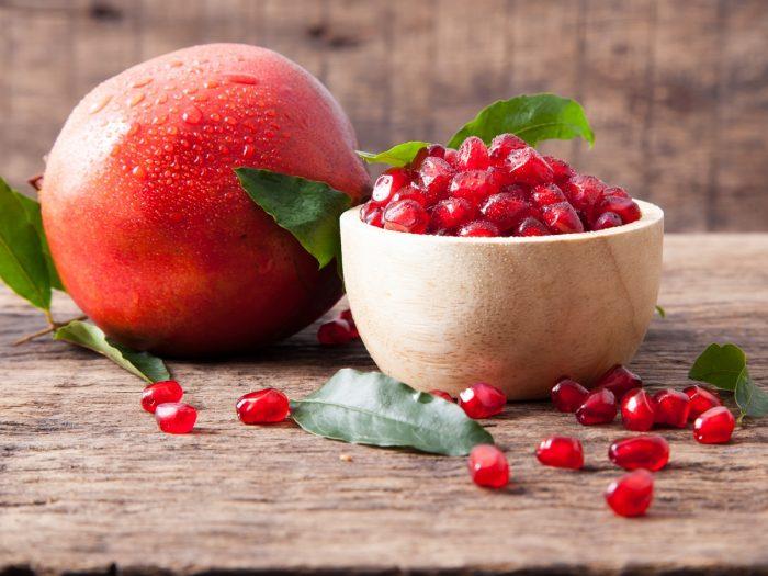 7 Amazing Benefits Of Pomegranates