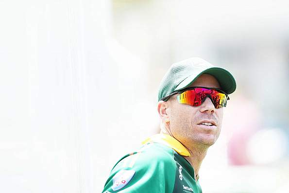Warner to undergo minor elbow operation