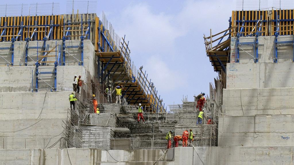 Ethiopia contracts Chinese companies to complete Nile dam construction