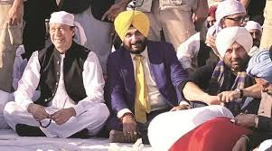While Imran Khan invoked Kashmir and abused India, Sidhu, Sunny Deol, and Manmohan Singh seated deaf and dumb during Kartarpur Saheb  inauguration , Dr Ramesh C Raina explains