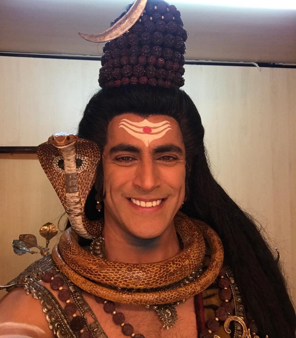 Tarun Khanna to play Lord Shiva in RadhaKrishn