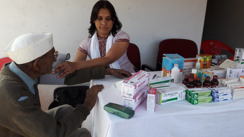 पांच दिवसी चिकित्सा शिवर में पहले दिन १५० लोगो ने कराई जाँच