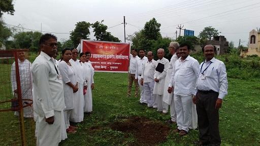 Tree Plantation Program by Brahma Kumaris, Tumsar