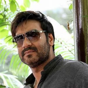 अजय देवगन ने अपनी अगली 'भुज: द प्राइड ऑफ इंडिया' में आरएएफ अधिकारी विजय कार्णिक की भूमिका निबाये गे