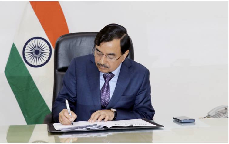 Shri Sushil Chandra takes over as new Election Commissioner