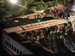 Taiwan president wants train crash probe